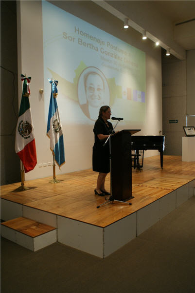 Usted está viendo imágenes del evento: Reconocimiento póstumo a la nacional mexicana Sor Bertha González Dehesa por su labor altruista en Guatemala.